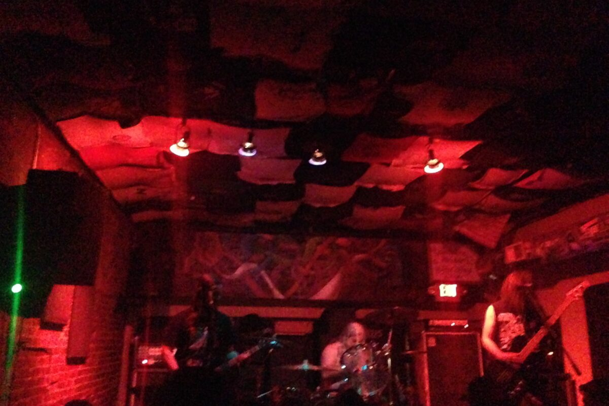 Ulthar Conquer At Howler's