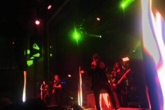 Queensrÿche Light Up The Roxian Theater On Valentine's Day